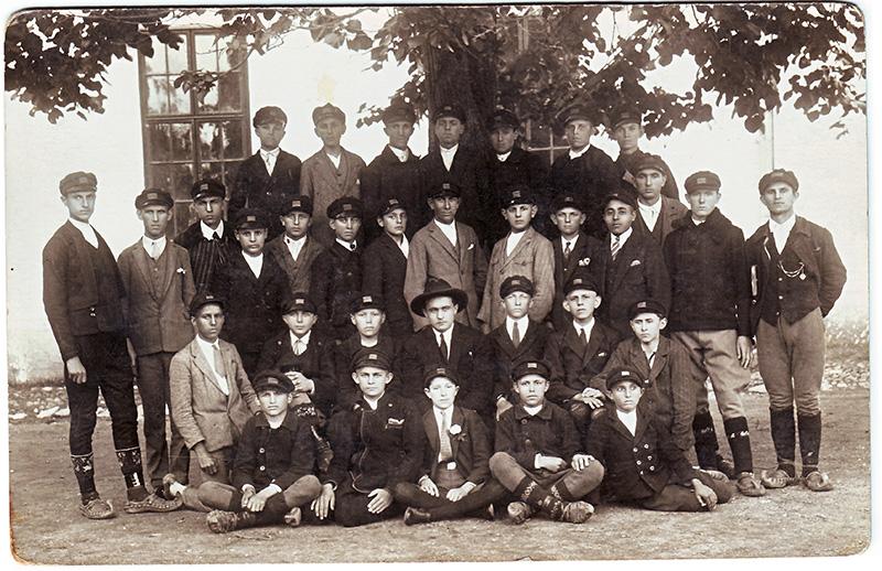 12 b2 gimnazija Kragujevac 1930-40