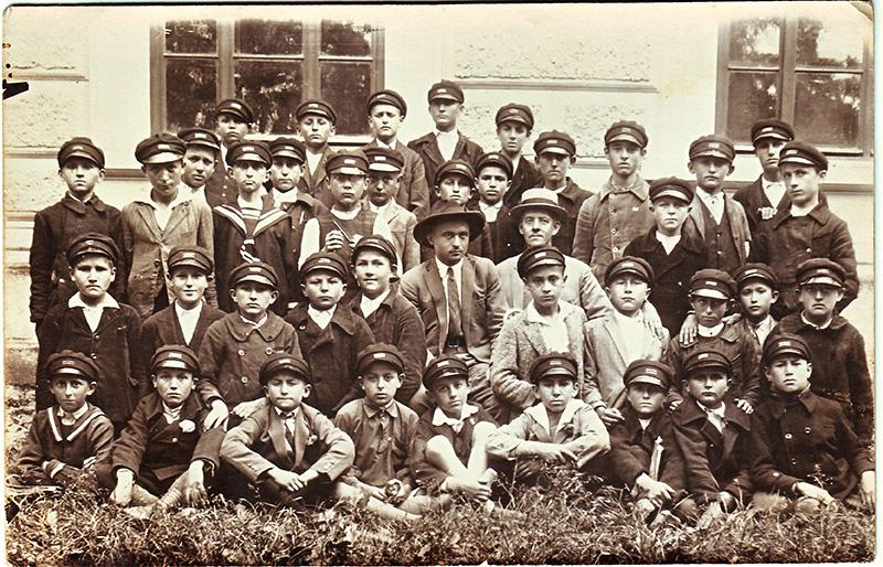 13 b gimnazija Kragujevac 1930-40
